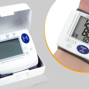 Máy đo huyết áp điện tử cổ tay Citizen CH617